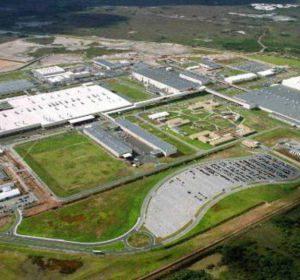 Justiça concede liminar e proíbe demissão de funcionários da Ford de Camaçari