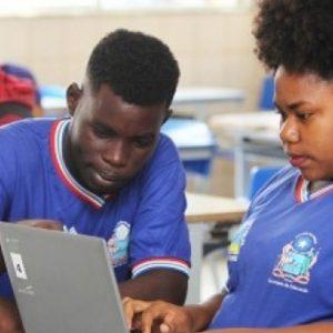 Programa de monitoria estudantil na rede estadual abre 52 mil vagas para monitores em toda Bahia