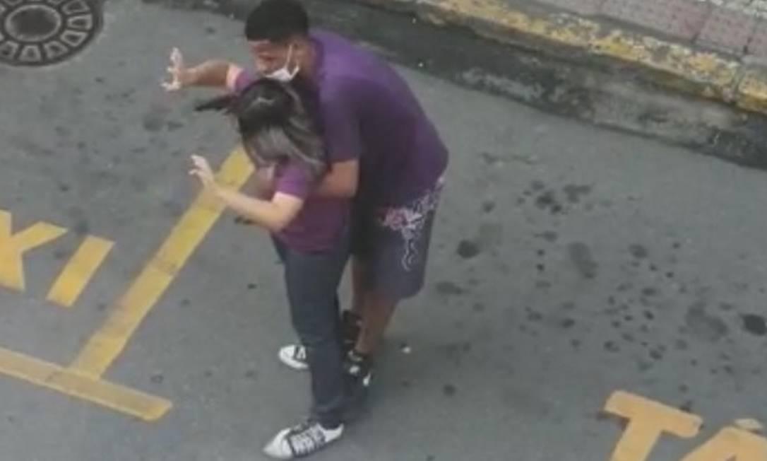 Mulher é feita refém em Angra dos Reis, criminoso é morto pela polícia; vídeo