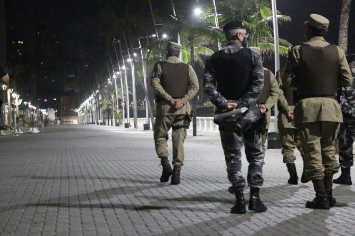 Novo decreto estadual mantém proibição de shows e festas, mas suspende toque de recolher na Bahia