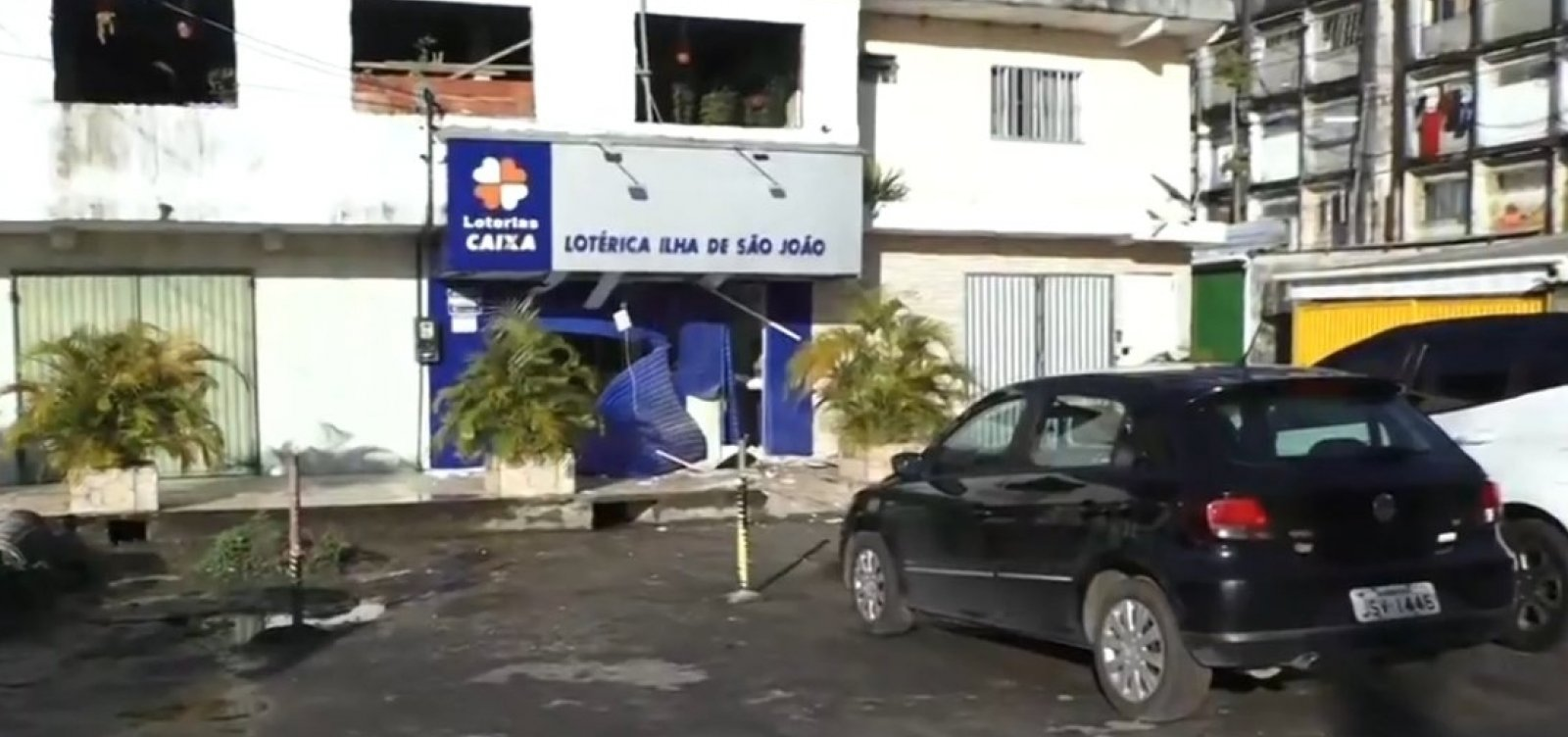 Casa lotérica é atacada com explosivos na Região Metropolitana