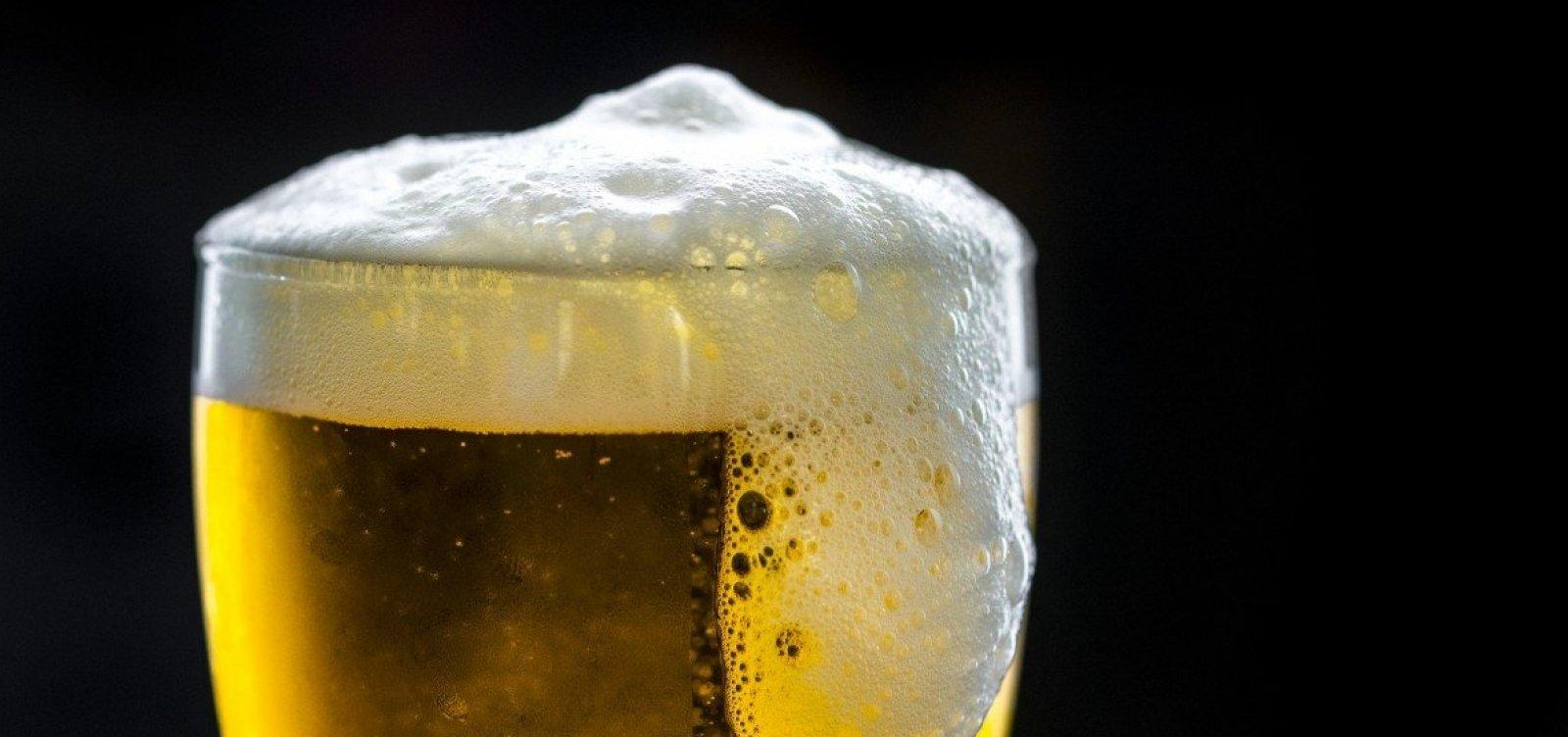 Maior indústria de bebidas do Brasil aumenta o preço das cervejas