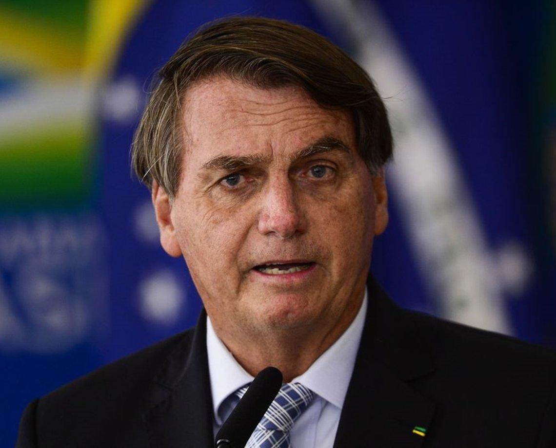 """Bolsonaro: """"Vida de presidente não é fácil. Se alguém quiser trocar comigo, troco agora"""""""