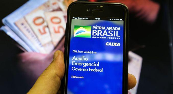 Gasto com auxílio emergencial deste ano já supera R$ 40 bilhões e ultrapassa o Bolsa Família