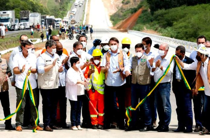 Bolsonaro inicia série de viagens pelo país para comemorar mil dias de governo