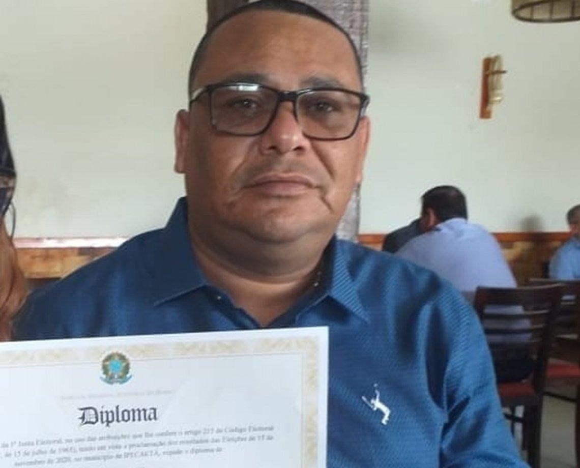"""Vereador é executado a tiros dentro de bar em Santo Estêvão, na Bahia; """"Bagaceira"""" teve mais de 600 votos"""