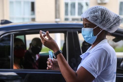 Bahia ultrapassa marca de 10 milhões de vacinados