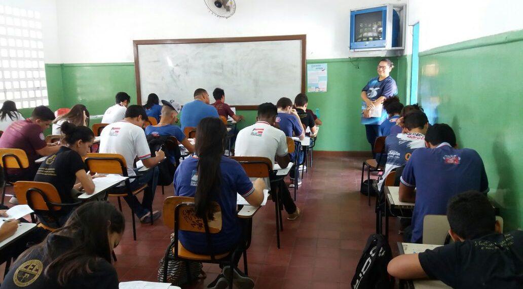Rui Costa anuncia aulas 100% presenciais na rede estadual de ensino