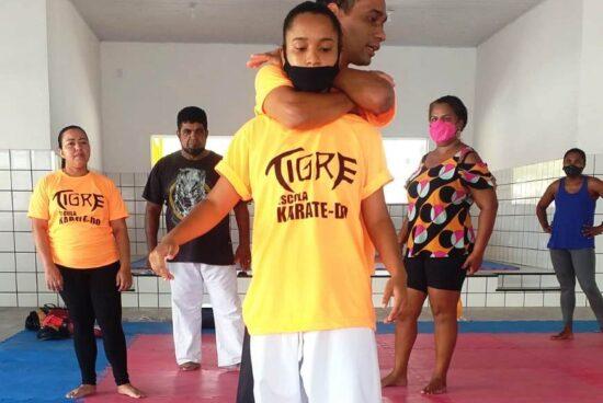 Começa o curso de Defesa Pessoal para Mulheres ofertado pela Prefeitura de Alagoinhas