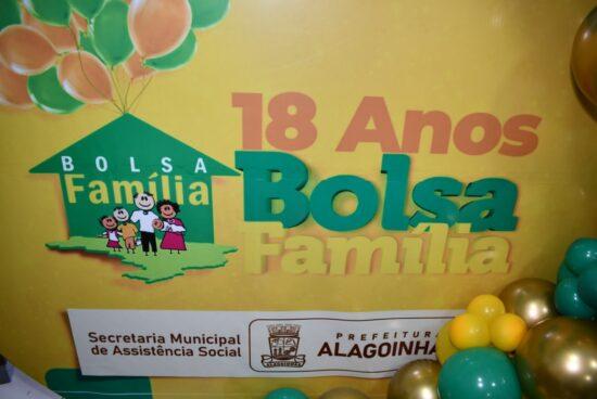 Bolsa Família completa 18 anos com cobertura completa em Alagoinhas