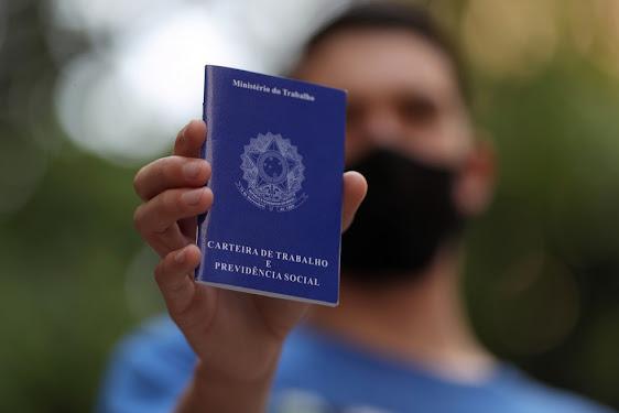 Confira as vagas de emprego oferecidas nesta quarta-feira em Alagoinhas