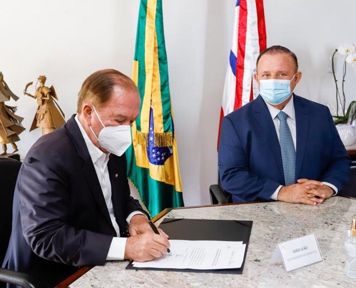 Adolfo Menezes assume Governo da Bahia a partir de segunda após viagem de Rui Costa e João Leão