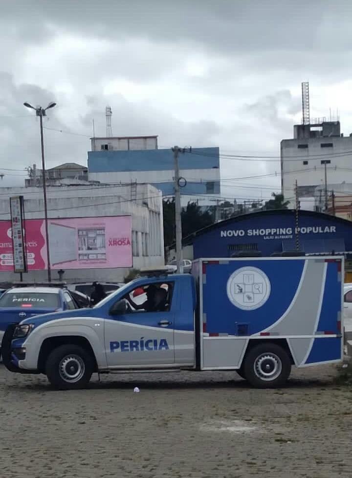 Corpo foi encontrado na manhã desta terça-feira (12), no centro de Alagoinhas
