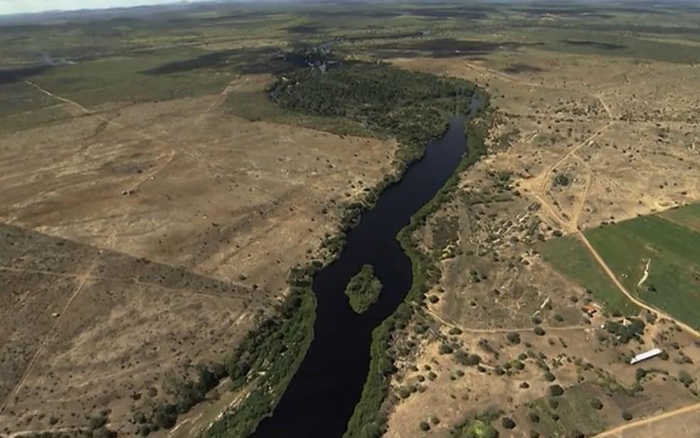 Com crise hídrica, volume de água autorizado para uso do rio Paraguaçu é reduzido para 50% pelo Inema
